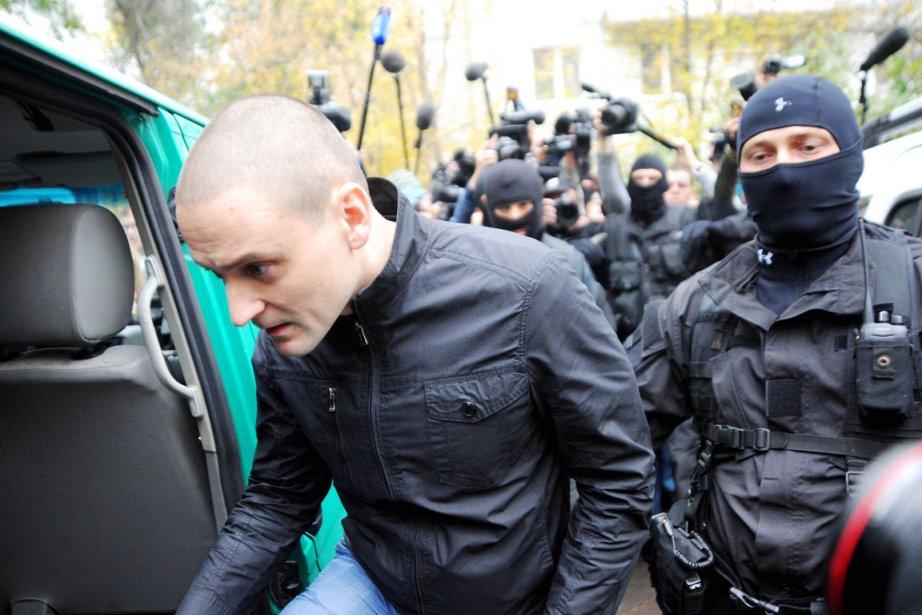 L'opposant russe Sergueï Oudaltsova été emmené par des... (PHOTO ANDREY SMIRNOV, AFP)