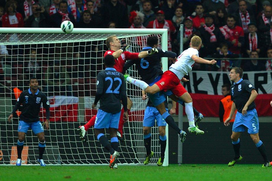 Kamil Glik (deuxième en partant de la droite)... (Photo: Reuters)