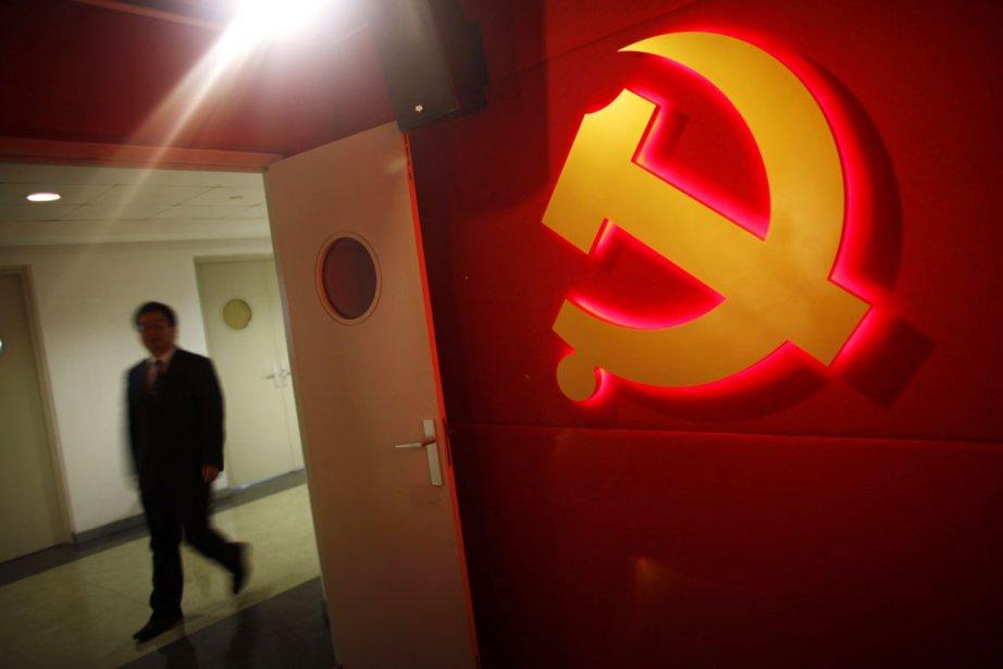 Le 8 novembre se déroulera le XVIIIe Congrès... (PHOTO CARLOS BARRIA, REUTERS)