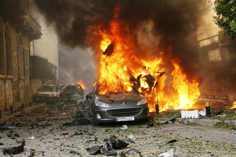 Un attentat à la voiture piégée a secoué... (PHOTO MAHMOUD KHEIR, REUTERS)