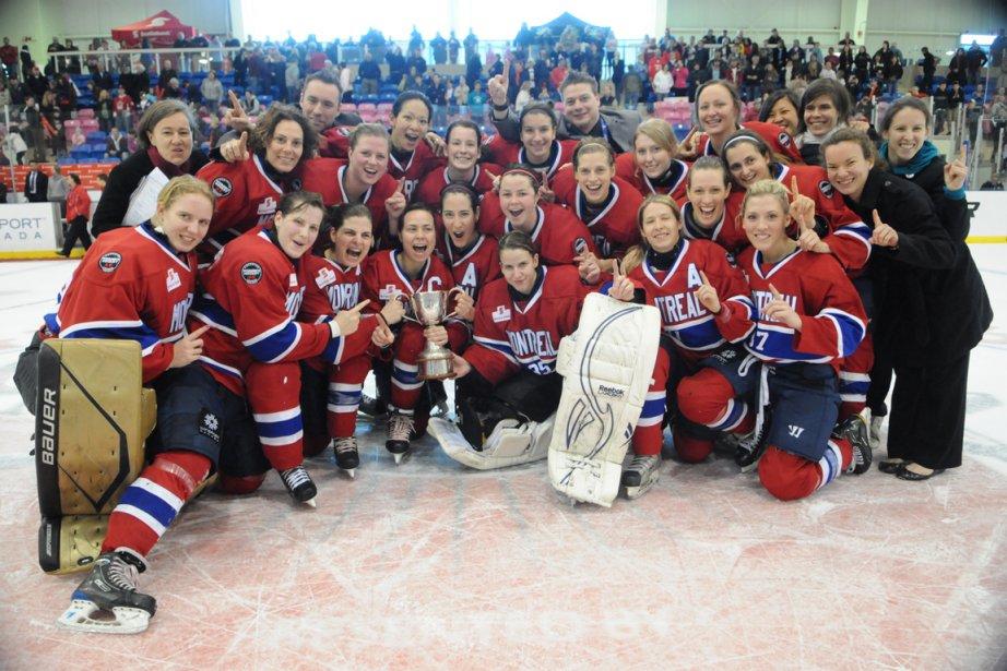 Les Stars de Montréal ont remporté la Coupe... (Photo: Brandon Taylor, LCHFBDV)