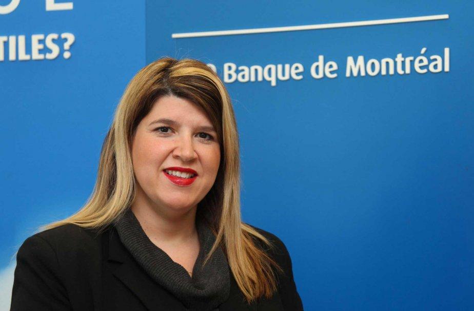 Isabelle Gaithier, planificatrice financière, à la Banque de... (PHOTO ALAIN DION, LA VOIX DE L'EST)