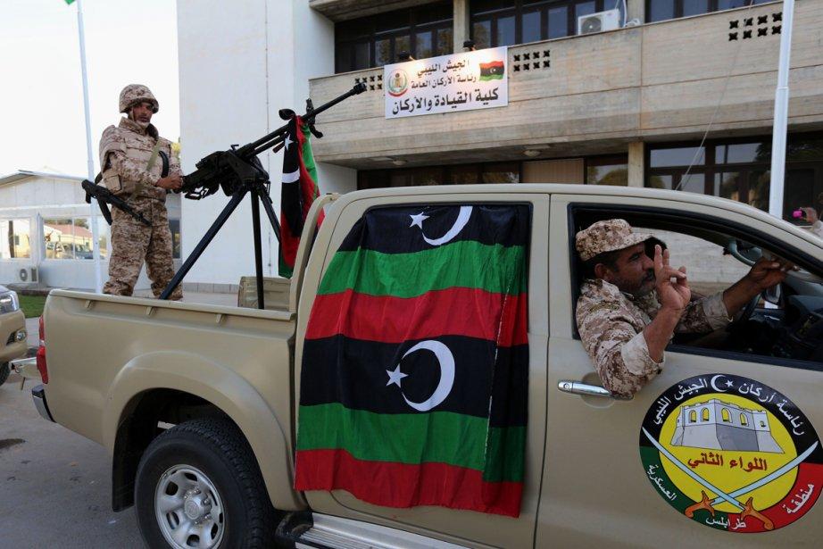 Forces armées de la Libye à Tripoli.... (PHOTO MAHMUD TURKIA, AFP)