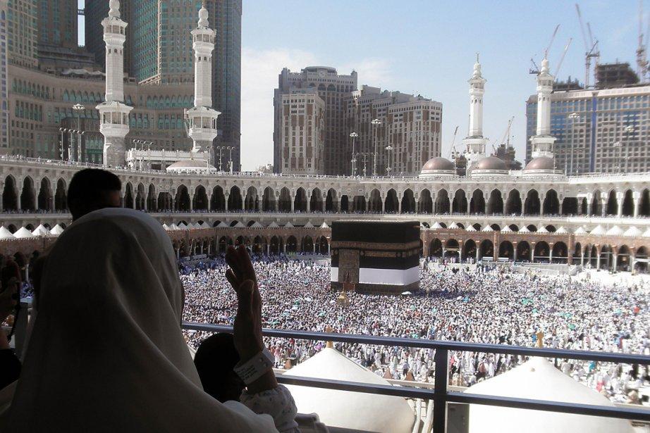 Plus de 1,6 million de pèlerins étrangers sont... (Photo AFP)