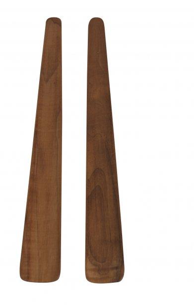 Ensemble de quatre planchettes en noyer, Le Temps des Cigales, 59$ chez Lucie Côté Cuisine (680, rue Saint-Joseph Est, Québec, 418 948-4098) | 21 octobre 2012