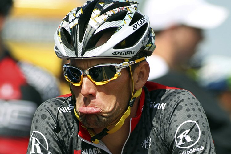 Lance Armstrong... (Photo: Reuters)