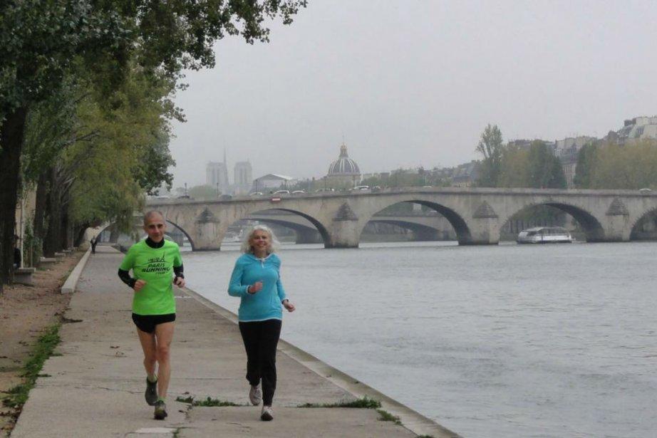 Courir dans Paris peut s'avérer un exercice périlleux... (Photo fournie par Paris Running Tours)