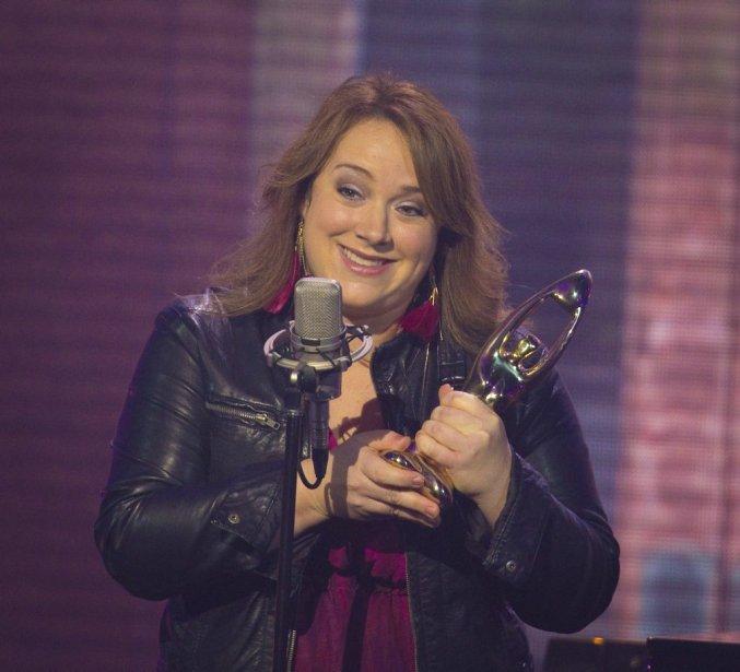 Julie Lamontagne | 23 octobre 2012