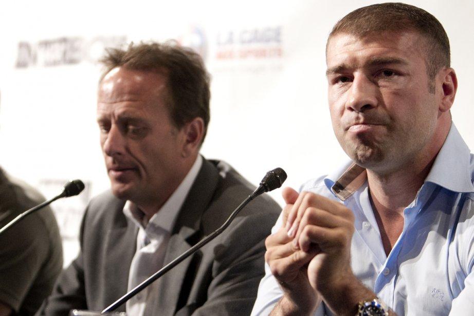 Jean Bédard, président d'InterBox, et Lucian Bute ont... (Photo: Marco Campanozzi, La Presse)