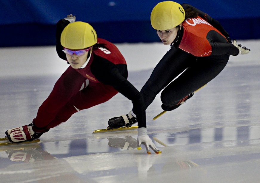 Jessica Hewitt du Canada et Quihong Liu de Chine... | 2012-10-28 00:00:00.000