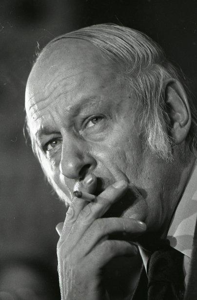 René Lévesque au lendemain de la victoire péquiste aux élections provinciales, le 16 novembre 1976. (Paul-Henri Talbot, La Presse)