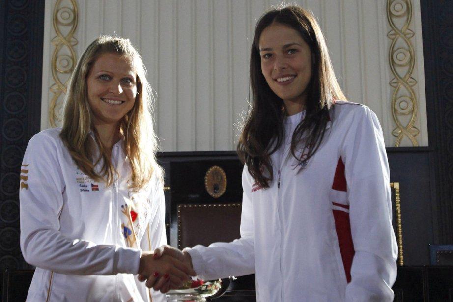 Lucie Safarova, de la République tchèque, et Ana... (Photo: Reuters)