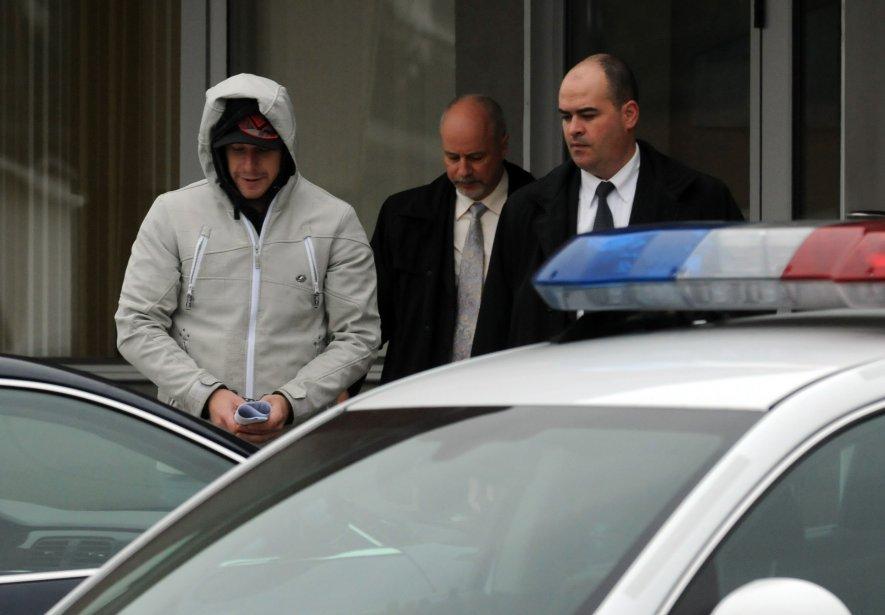 Guy Caron fait partie des neuf personnes qui ont été arrêtées dans la région lors de la vaste opération de jeudi. | 2 novembre 2012