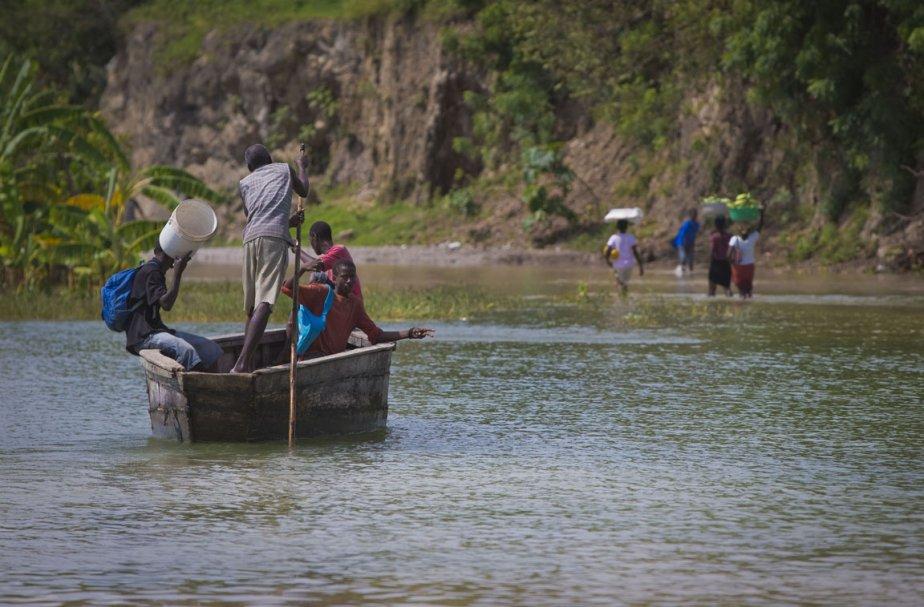 Plusieurs terres sont inondées en Haïti depuis le... (Photo: André Pichette, La Presse)