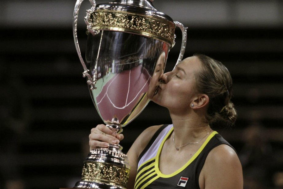 Nadia Petrova... (Photo Valentina Petrova, Associated Press)