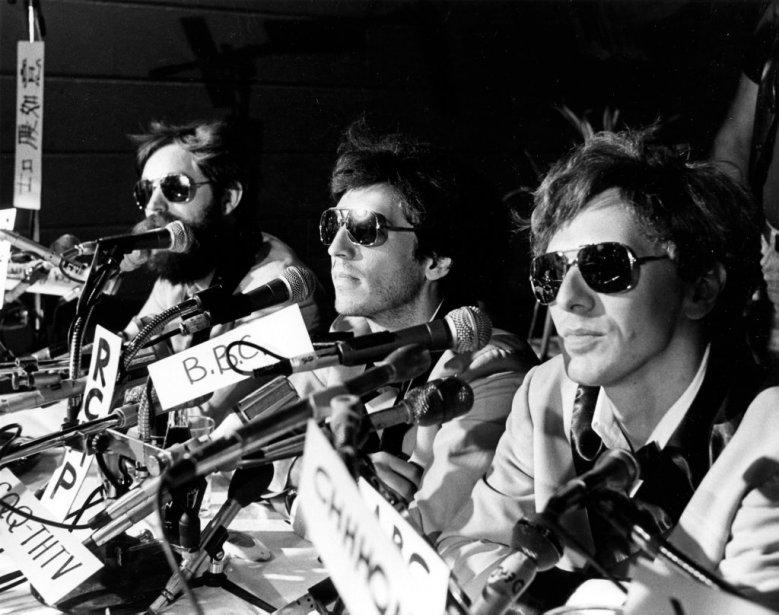 Paul et Paul vedettes rock, lors de la conférence de presse «internationale» annonçant leur troisième spectacle (de gauche à droite: Jacques Grisé, Claude Meunier et Serge Thériault). | 5 novembre 2012