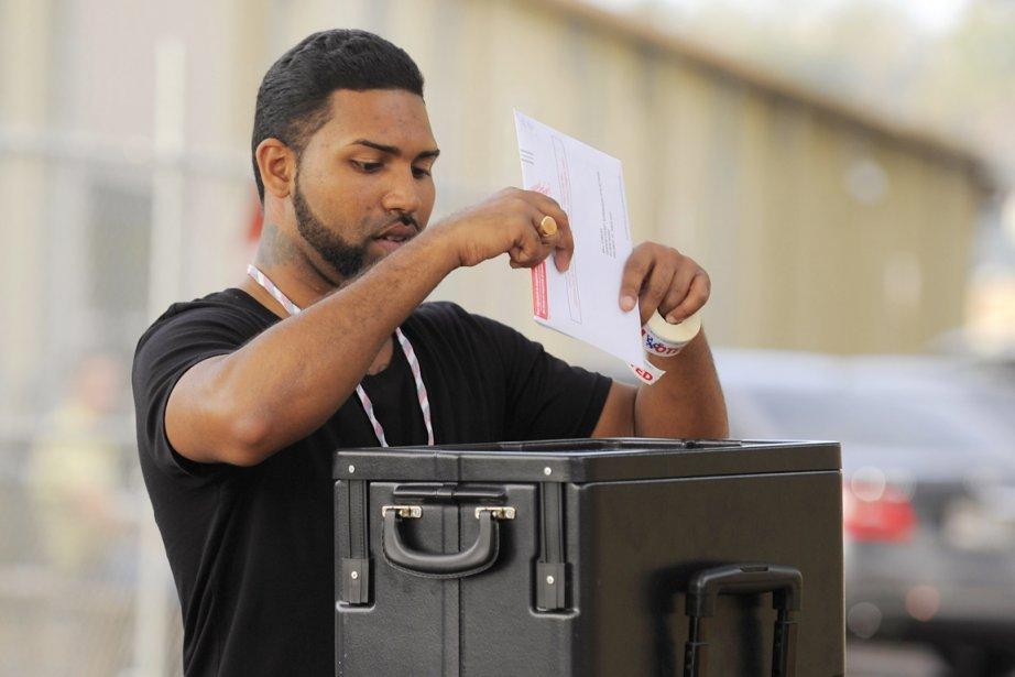 À l'échelle du pays, les Latino-Américains votent à... (PHOTO SCOTT A. MILLER, REUTERS)