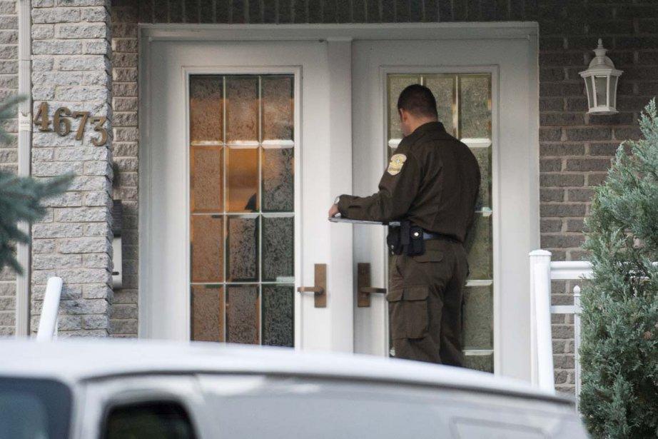 Les policiers ont visité cette propriété de Gilles... (PHOTO GRAHAM HUGHES, LA PRESSE CANADIENNE)