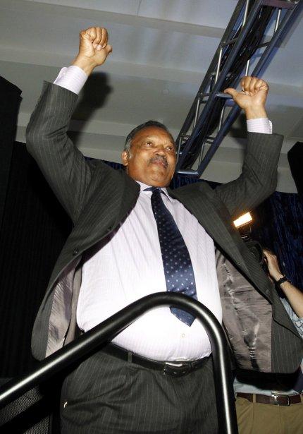 Le révérent Jesse Jackson se réjouit à l'annonce de la victoire des démocrates dans l'Ohio, à Columbus, Ohio. | 6 novembre 2012