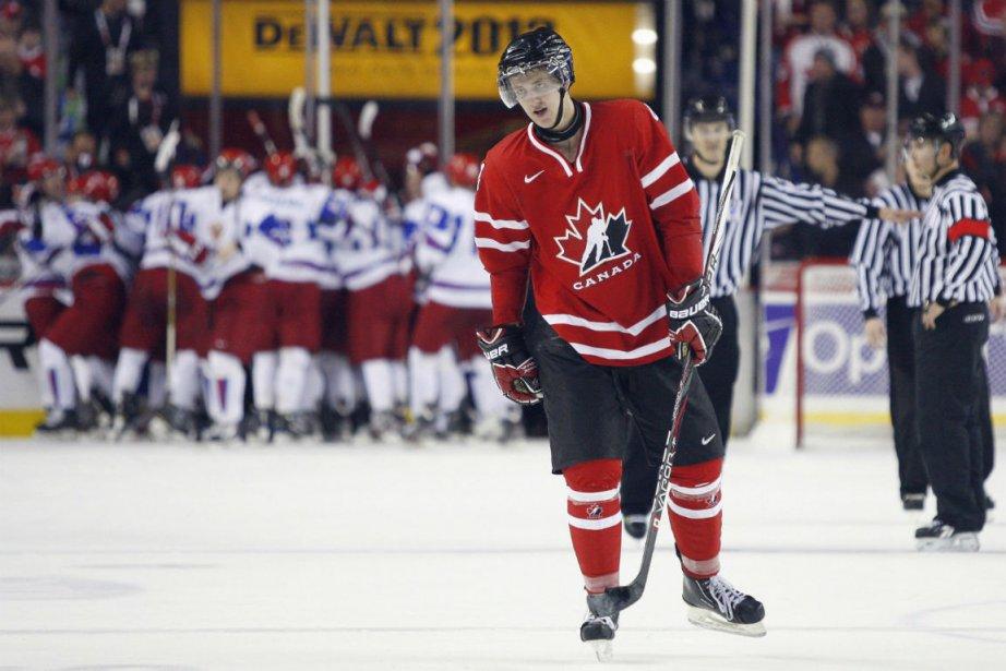 Dougie Hamilton... (Photo Jeff McIntosh, La Presse Canadienne)