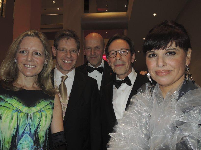 Le comité d'honneur du 52e bal du Musée des beaux-arts: Alix D'Anglejan-Chatillon, Rupert Duchesne, l'honorable Michael M. Fortier, Nathalie Bondil et Michel de la Chenelière. | 8 novembre 2012