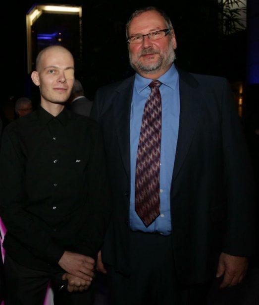 Christophe Dubois-Bouchard et le Dr Robert Turcotte....