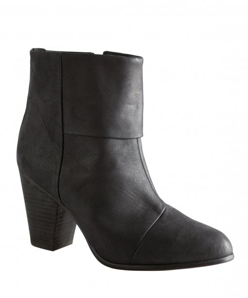 Bottillon de cuir, B2, chez Brown, www.brownshoes.com, 228$... | 2012-11-09 00:00:00.000