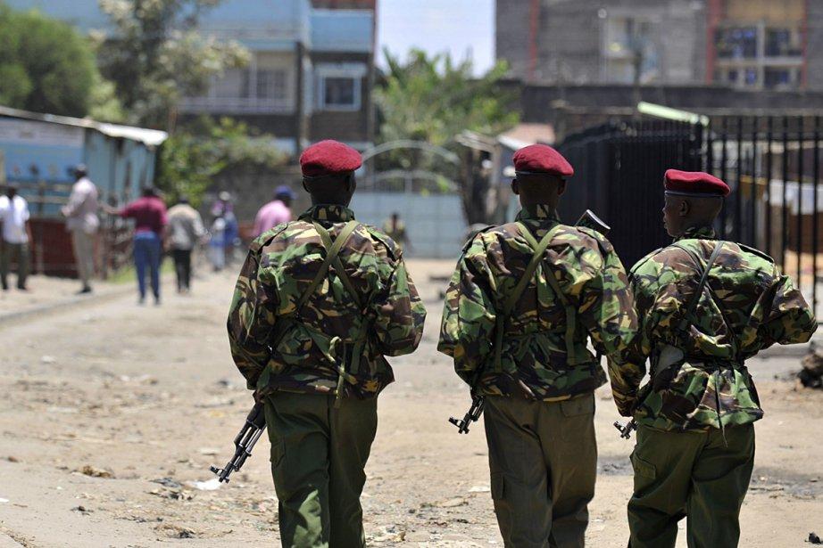 Une patrouille de police kényanne.... (Photo AFP)