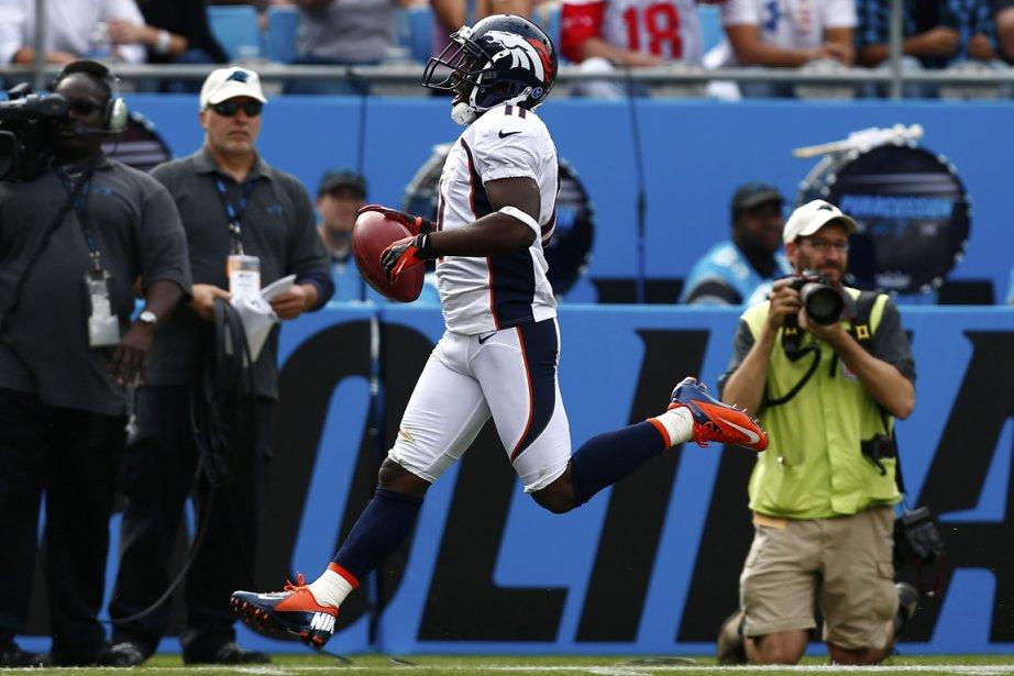 Trindon Holliday, des Broncos, a ramené un botté... (Photo: Reuters)