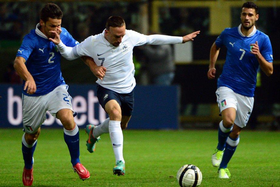 Un mois après le nul ramené d'Espagne (1-1), l'équipe de France a... (Photo AFP)