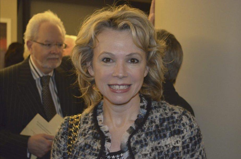 Martine St-Clair faisait partie des nombreux artistes qui ont performé mardi soir lors de la soirée des célébrités des Magasins-partage. | 15 novembre 2012