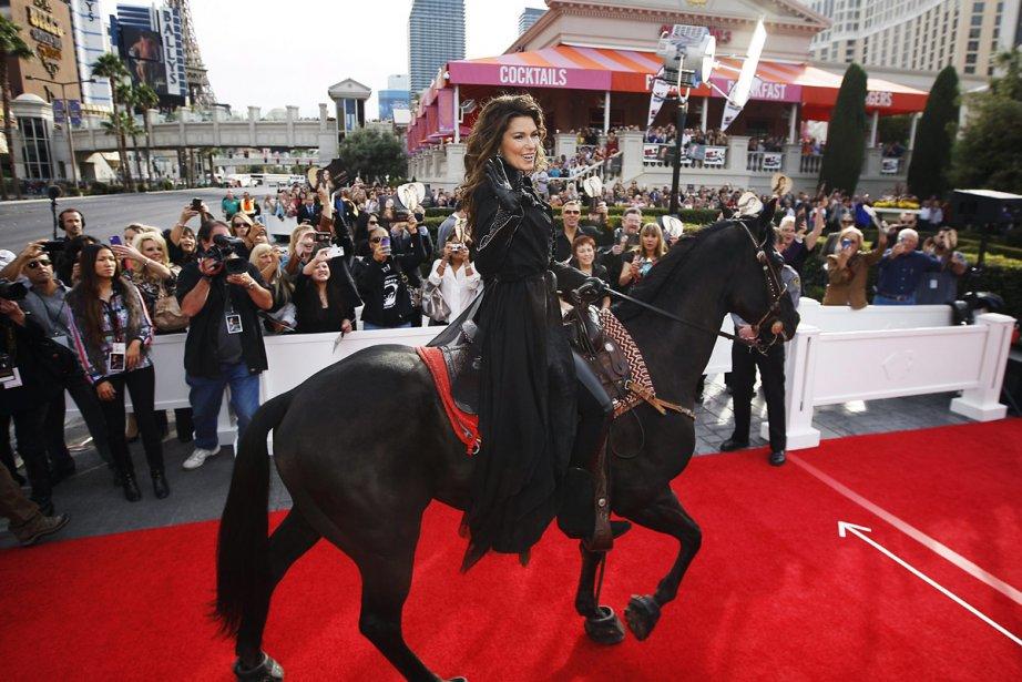 Shania Twain avait fait son entrée à Las... (Photo: archives AP)