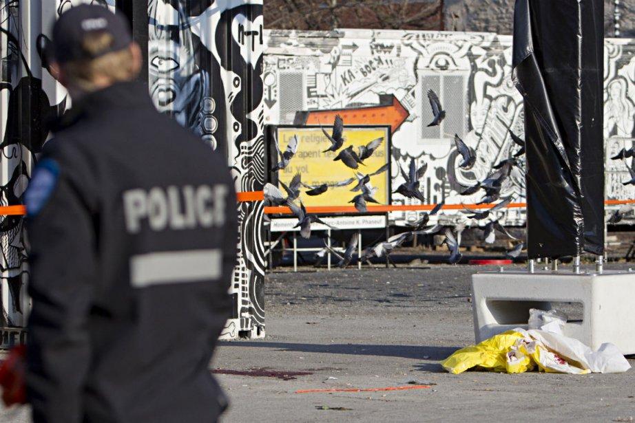 L'intervention policière a eu lieu au coin du... (Photo David Boily, La Presse)