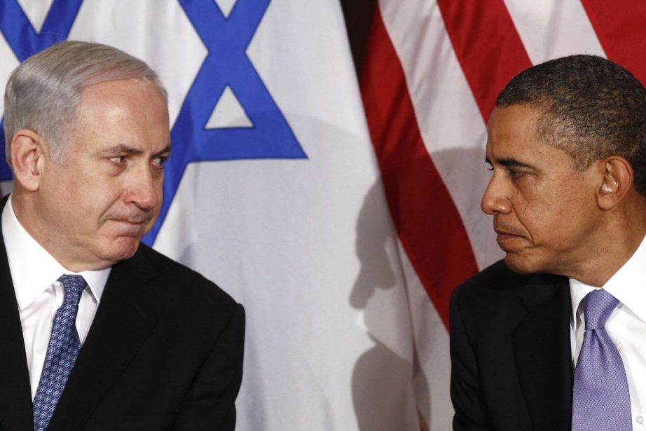 Le premier ministre israélien Benjamin Netanyahu (à gauche)... (PHOTO KEVIN LAMARQUE, ARCHIVES REUTERS)