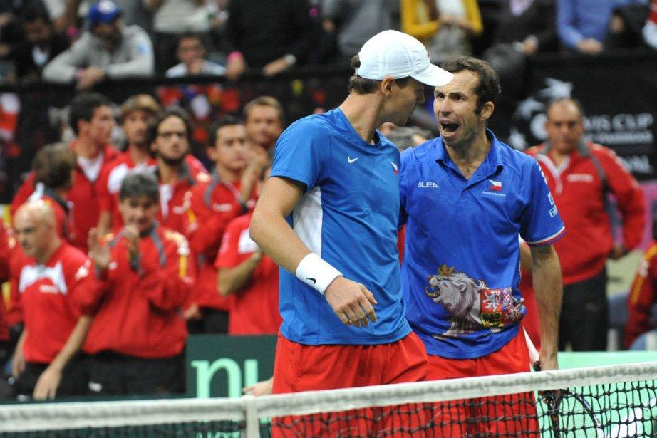 Tomas Berdych et Radek Stepanek... (Photo Michal Cizek, Agence France-Presse)
