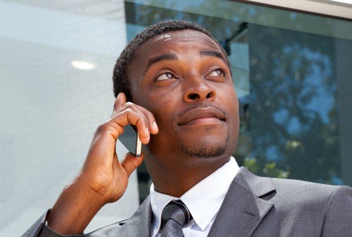 Plusieurs marques plancheraient sur des modèles de téléphones cinq pouces à...