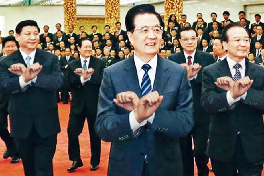 Les hauts dirigeants du Parti communiste chinois s'offrir... (PHOTO TRUQUÉE)