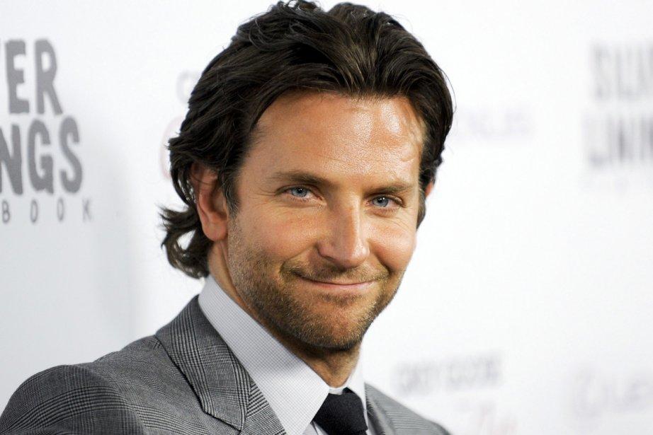 Bradley Cooper était présent à la première du film Silver... | 2012-11-20 00:00:00.000