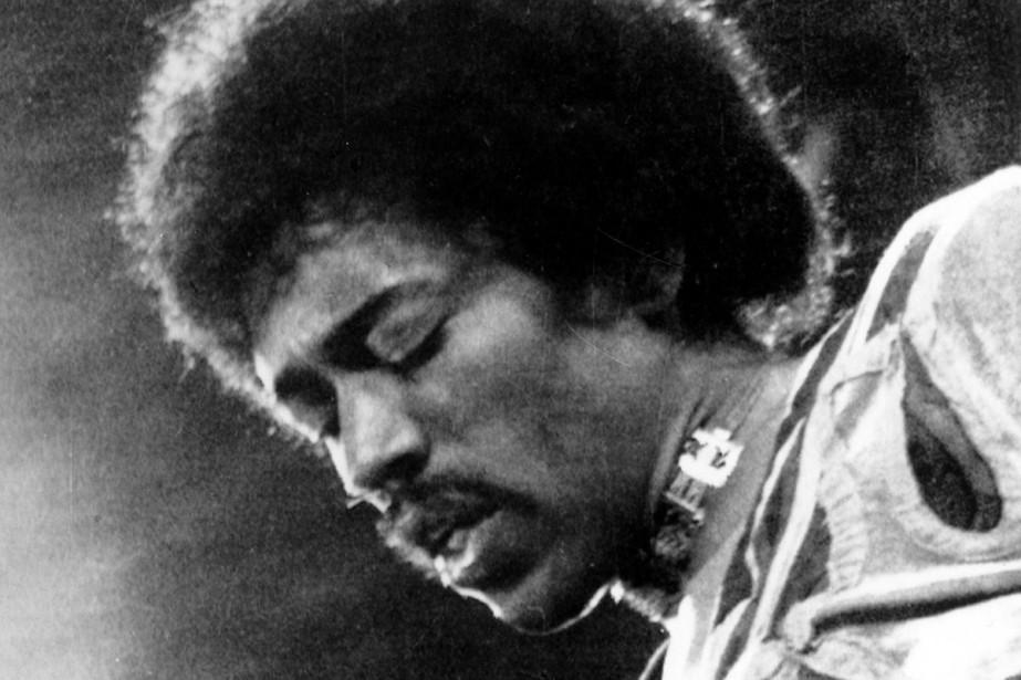 Jimi Hendrix... (PHOTO ARCHIVES AP)