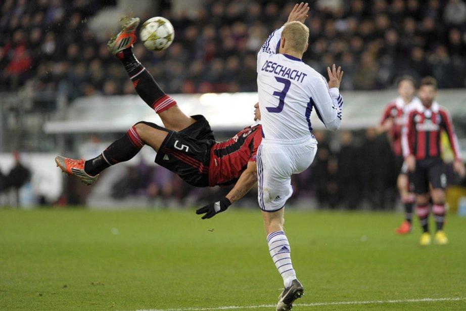 Philippe Méxès a marqué pour l'AC Milanun but... (Photo Reuters)