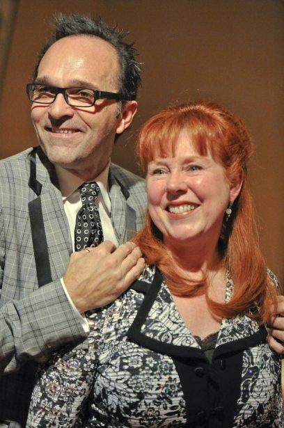 Joël-Marc Frappier et Elaine Conway, du Château Cartier, ont remporté le prix  Ressources humaines. (Martin Roy, LeDroit)
