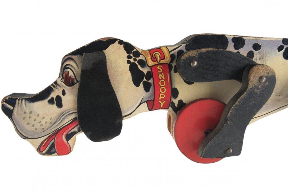 Le petit basset à roulettes Snoopy Sniffer est le guide de l'exposition. Ce jouet créé vers 1938 aura été l'un des plus populaires de l'histoire de Fisher Price. À l'occasion du 90e anniversaire de l'entreprise, il a d'ailleurs été remis sur le marché sous le nom de... Snoop n' Sniff. (Photo: fournie par le Musée McCord)