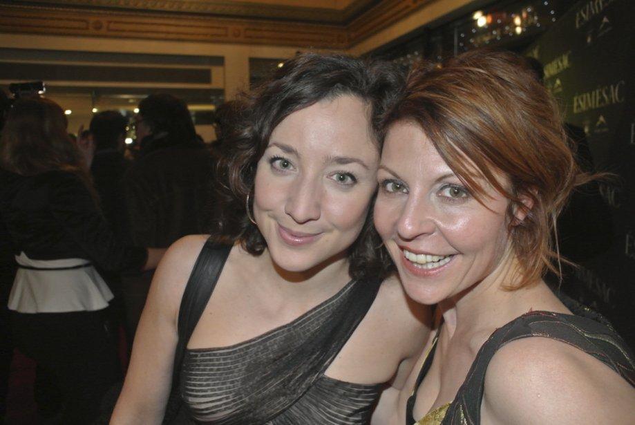 Les comédiennes d'Ésimésac Maude Laurendeau et Marie-Chantal Perron. | 29 novembre 2012