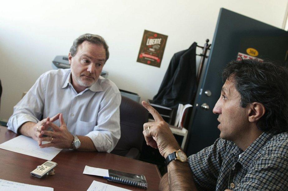 André Pratte et Amir Khadir dans les bureaux... (Photo Yves Renaud, Liberté)