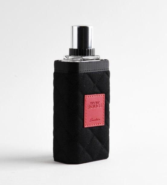 Bien en selle. Habit Rouge - l'Esprit du cavalier de Guerlain 100$/100ml, www.guerlain.com. ()