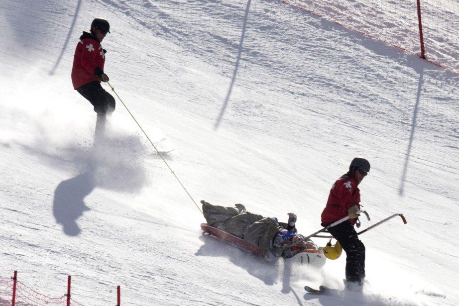 Max Franz a été secouru après une chute... (Photo : Don Emmert, AFP)