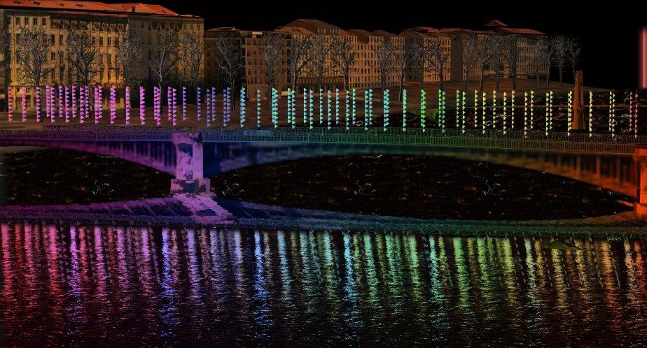«Oriflammes» / Sébastien Lefèvre Le pont de Lyon a été décoré de milliers de fanions. Avec la lumière du jour puis des lumières artificielles, ils s'animeront et traceront un chemin, à emprunter par les promeneurs. | 3 décembre 2012