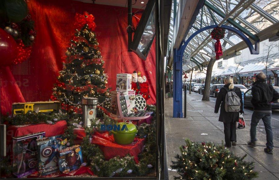 Ambiance de Noël sur la plaza Saint-Hubert | 3 décembre 2012