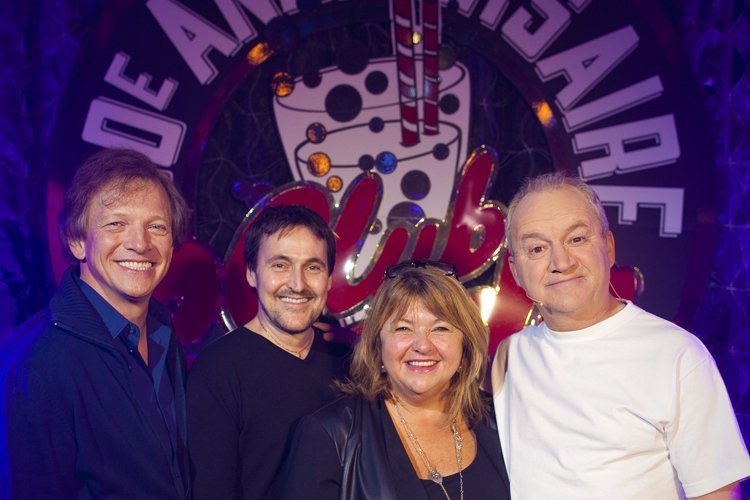 André-Philippe Gagnon, Guy A. Lepage, Lise Dion et Michel Barrette, avant de monter sur la scène du Club Soda, lundi soir. | 3 décembre 2012