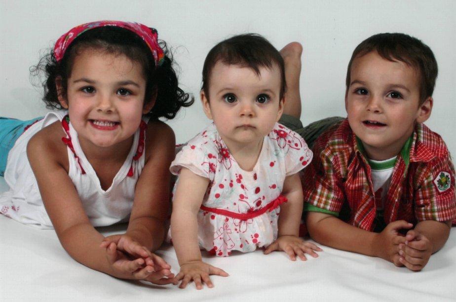 Les trois enfants ont été trouvés morts chez... (Photo fournie par la famille)